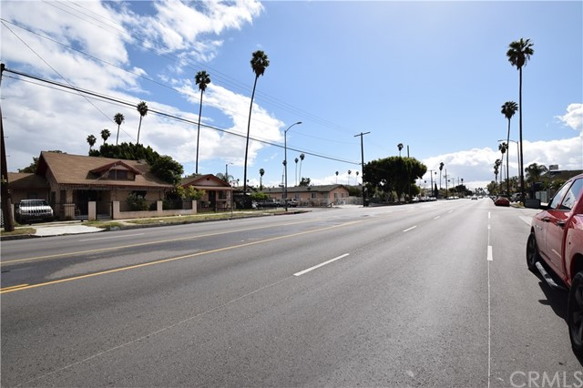 6415 S Figueroa St, Los Angeles, CA 90003 Photo 9