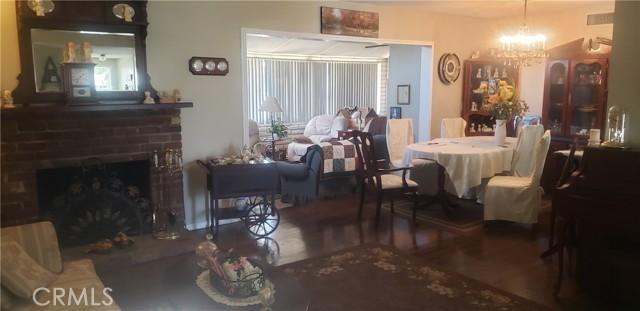 945 N Althea Avenue, Rialto CA: http://media.crmls.org/medias/136f6740-4871-49d8-8834-f77e245ef795.jpg