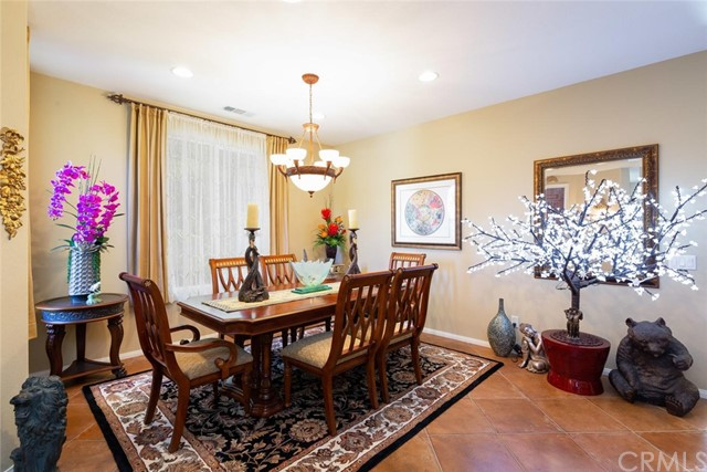 28481 OASIS VIEW CIRCLE, MENIFEE, CA 92584  Photo 7