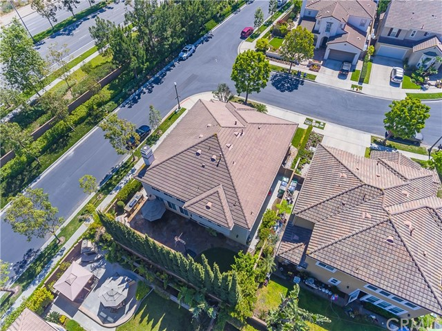 9 Dandelion, Irvine CA: http://media.crmls.org/medias/138a924f-7b81-4323-80d9-276c28a08fac.jpg