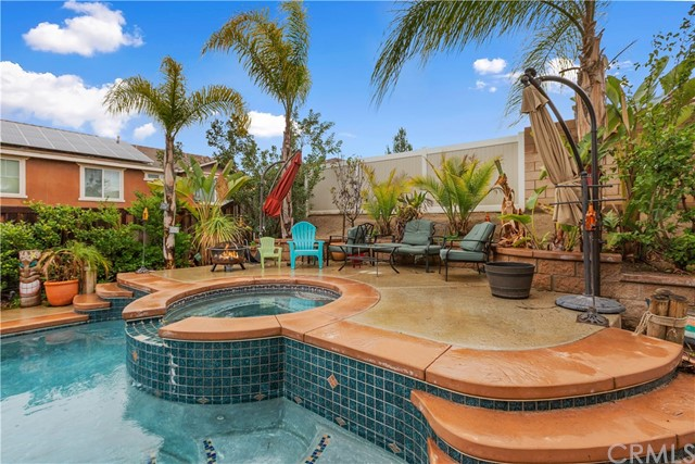 9278 Archwood Court, Riverside CA: http://media.crmls.org/medias/138d414f-38c4-4cea-b54a-9fc3fad1c827.jpg