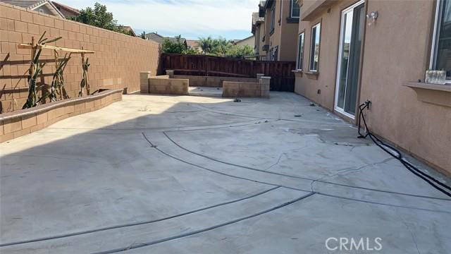 3385 Nearbrook Lane, Riverside CA: http://media.crmls.org/medias/13934f23-8ebf-45a1-a499-b78a3c4b2a81.jpg