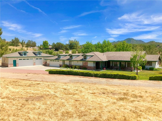 9420  Windmill Road, Paso Robles, California