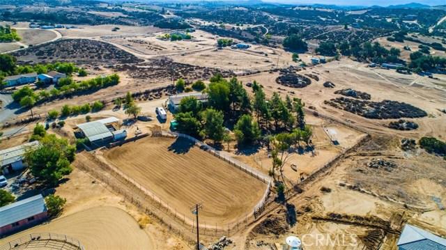 40915 E Benton Rd, Temecula, CA 92544 Photo 2