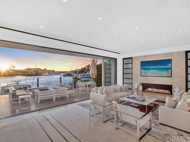 Photo of 71 Linda Isle, Newport Beach, CA 92660