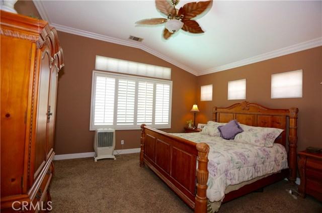 7175 Taggart Place, Rancho Cucamonga CA: http://media.crmls.org/medias/13bd1b51-61c1-49f8-86fc-bea0bd18b66c.jpg