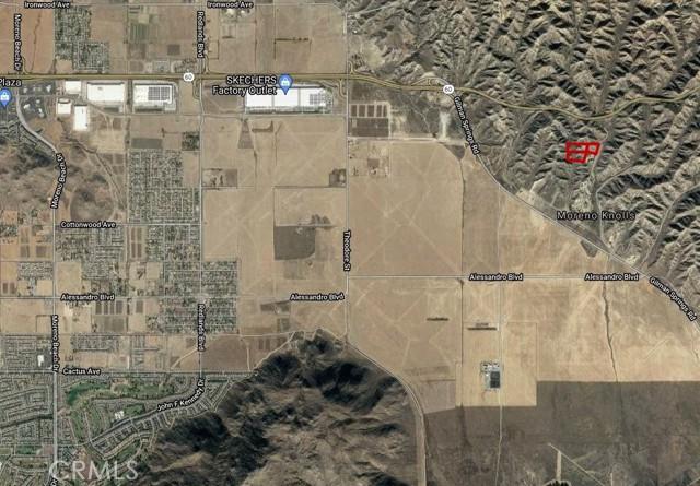 12 McGehee Drive, Moreno Valley CA: http://media.crmls.org/medias/13bd9a27-1e41-4bca-bbdc-31f970002517.jpg