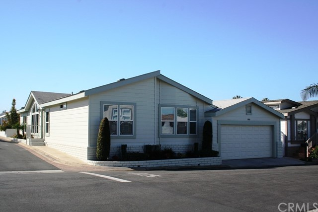 23301 Ridge Route Drive 106, Laguna Hills, CA 92653