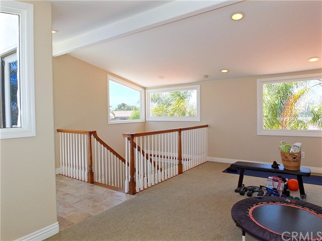 5297 Appian Way, Long Beach CA: http://media.crmls.org/medias/13c2e17e-6285-498b-847b-20193d819999.jpg