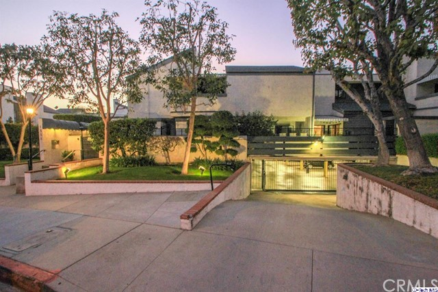 1333 Valley View Road 14, Glendale, CA, 91202