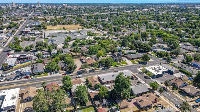 1625 E Olive Avenue, Fresno CA: http://media.crmls.org/medias/13c7be70-a6b3-46dc-96da-74078afb62ed.jpg