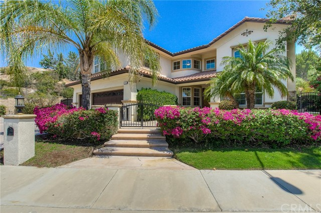 Single Family Home for Sale at 18501 Calle Vista Circle Porter Ranch, California 91326 United States