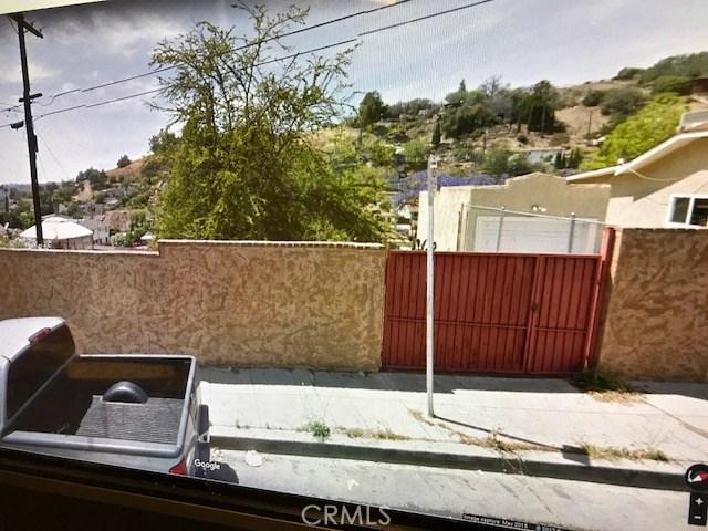 515 Clifton Street, Montecito Heights CA: http://media.crmls.org/medias/13d5f226-3899-454a-8ef6-f617f37f705b.jpg
