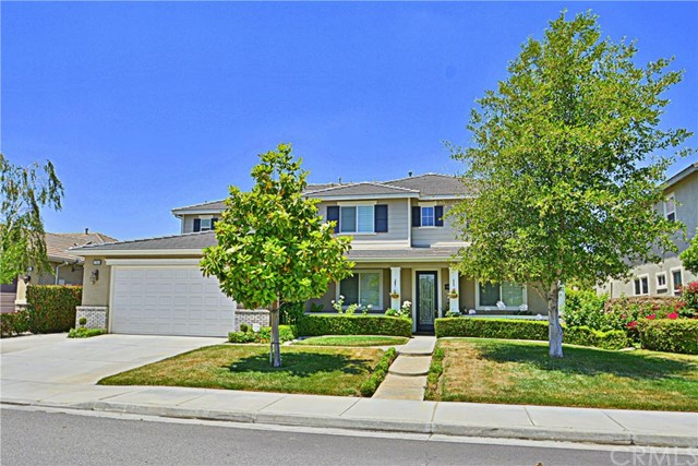 27955 Watermark Drive Menifee, CA 92585 is listed for sale as MLS Listing IV16132314