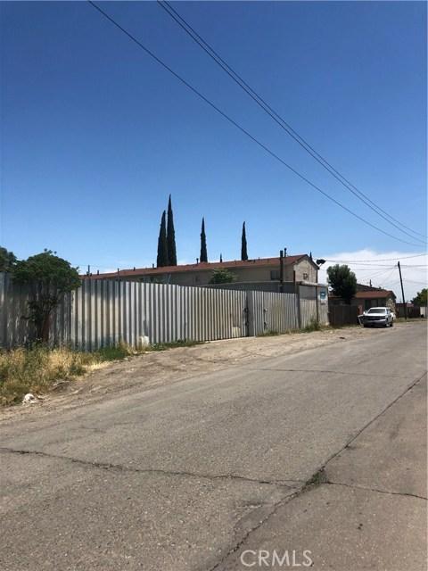 1640 S Union Street, Stockton CA: http://media.crmls.org/medias/13e76bfc-0055-4913-ab89-dc9c565314d1.jpg
