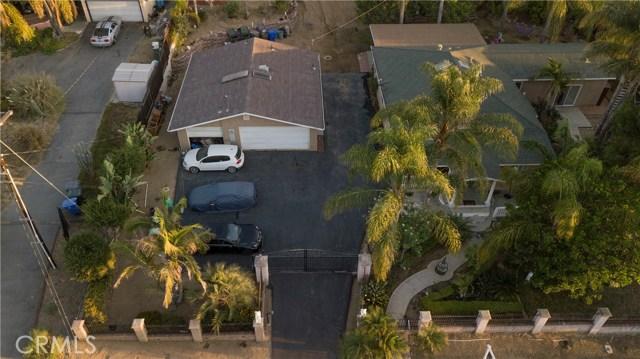1625 Gum Tree Lane, Fallbrook CA: http://media.crmls.org/medias/13e7ef84-7a90-4988-93ef-93cc83fafd3a.jpg