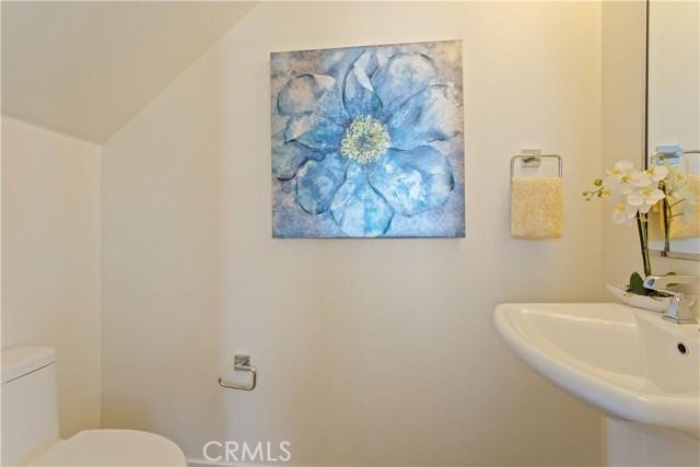 25114 Narbonne Avenue, Lomita CA: http://media.crmls.org/medias/13f32511-0816-43af-9dda-caddd1b9e39b.jpg