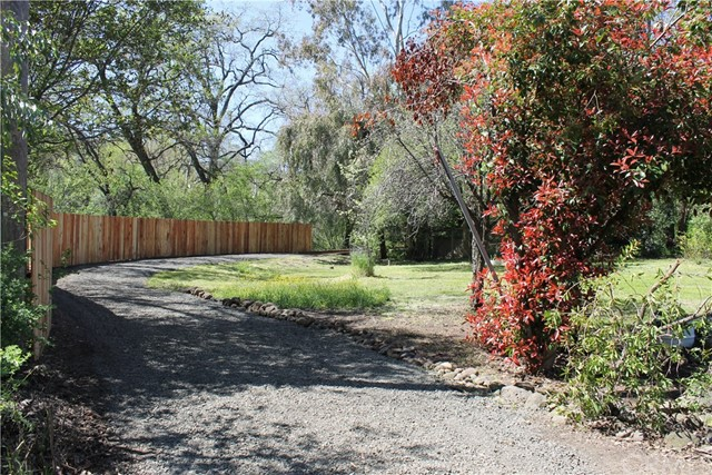 3179 Dry Creek Road, Butte Valley CA: http://media.crmls.org/medias/13feb658-1d19-4f92-acdf-0e5eaa1d3db3.jpg