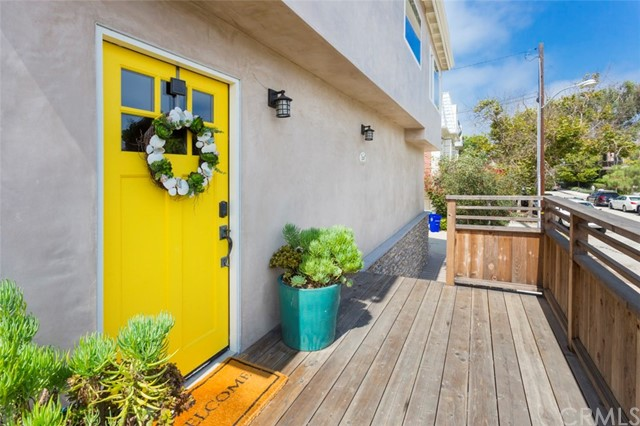 Maison unifamiliale pour l Vente à 332 1st Place Manhattan Beach, Californie,90266 États-Unis