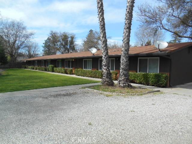 443 W Wood Street, Willows CA: http://media.crmls.org/medias/141074cf-f3f2-471b-8355-38a0ba4b9dcf.jpg