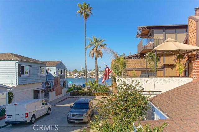 54 60th Place Long Beach CA  90803