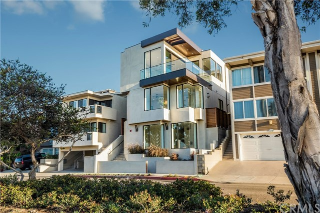 465 36th Place  Manhattan Beach CA 90266
