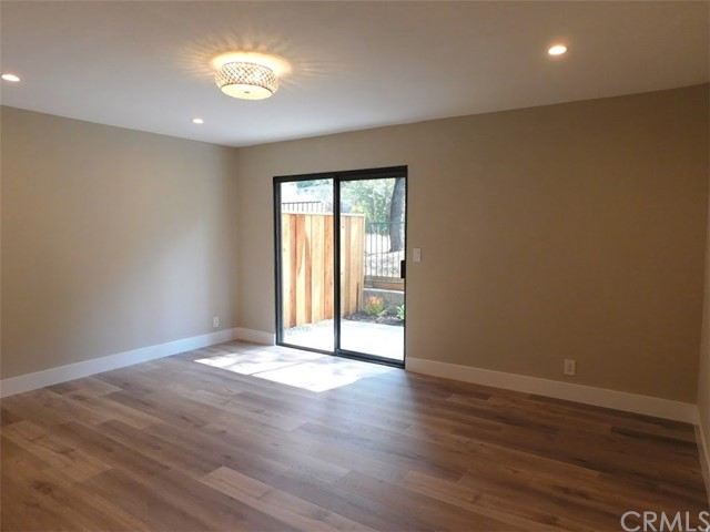 2066 Meadow View Lane, Costa Mesa CA: http://media.crmls.org/medias/14413df1-6d09-495f-acd1-f15b858bd697.jpg