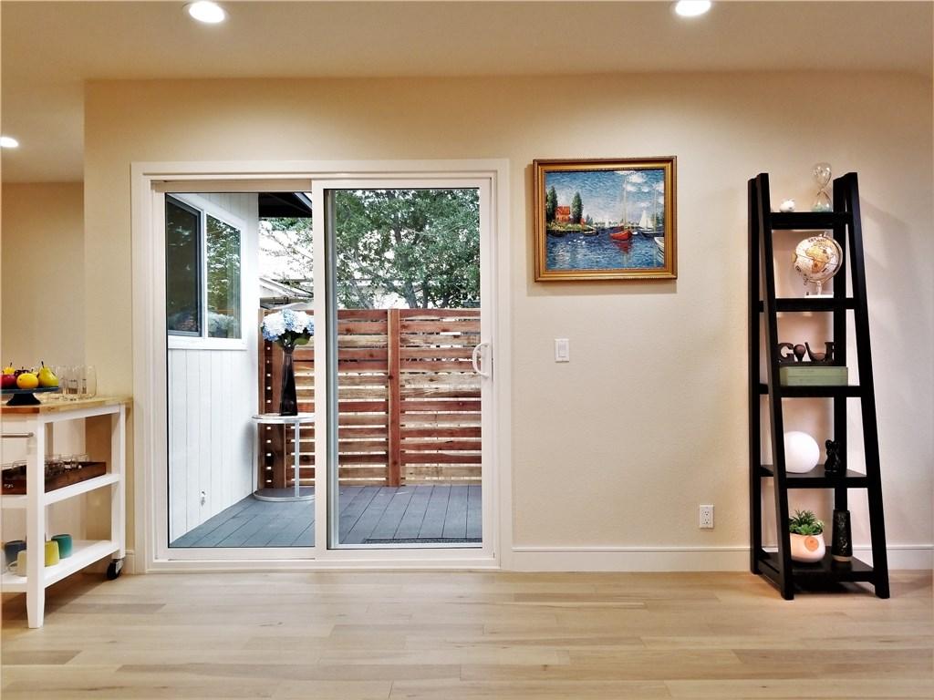 970 E Woodbury Rd, Pasadena, CA 91104 Photo 11