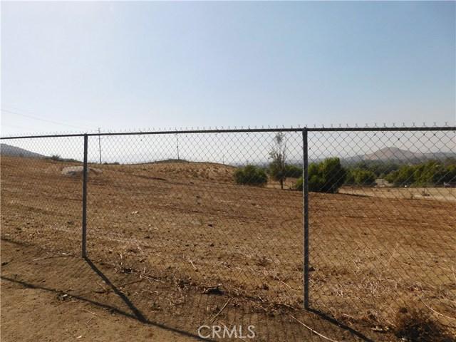 0 Southfork, Norco CA: http://media.crmls.org/medias/145345f5-a57e-45d5-94c1-3538d4b343f7.jpg