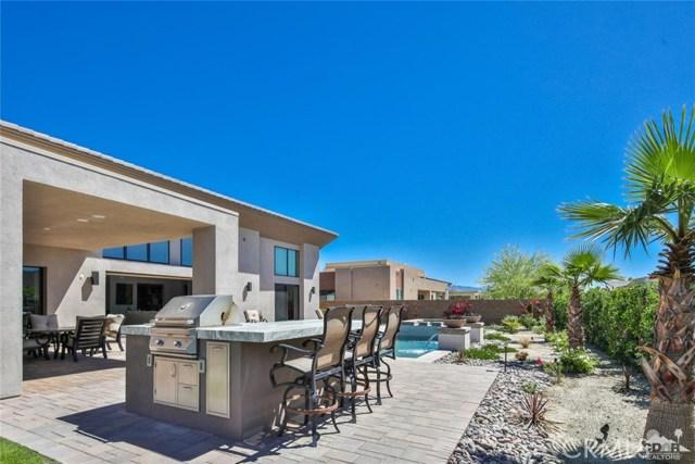35 Via Noela, Rancho Mirage CA: http://media.crmls.org/medias/145b4158-2132-4fcf-af52-03867b4a0814.jpg