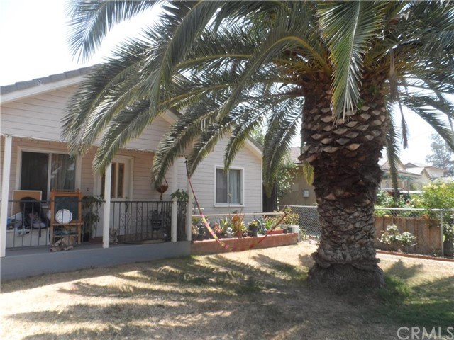 Single Family Home for Sale at 7529 Cunningham Street Highland, California 92346 United States