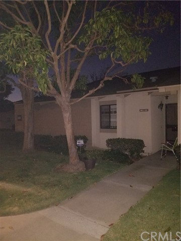 8885 Modoc Circle 1204A , CA 92646 is listed for sale as MLS Listing CV18257841