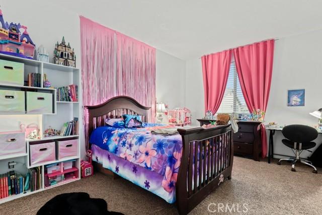 21 Nutwood Avenue, Beaumont CA: http://media.crmls.org/medias/1482dd00-97cf-49ae-9862-4d5f00d5c5cb.jpg