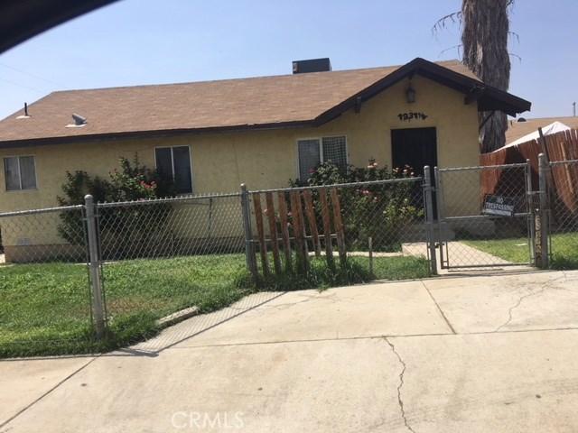1231 LINCOLN Street, Bakersfield CA: http://media.crmls.org/medias/1486fa00-7efe-4eea-a8e6-4674f2e69f88.jpg