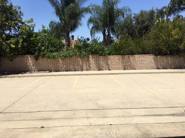 4590 Riverside Drive, Chino CA: http://media.crmls.org/medias/148f8207-d905-44b6-a649-5f3d93822c59.jpg