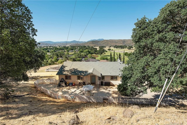 17256 Knollview Drive Hidden Valley Lake, CA 95467 - MLS #: LC18141849
