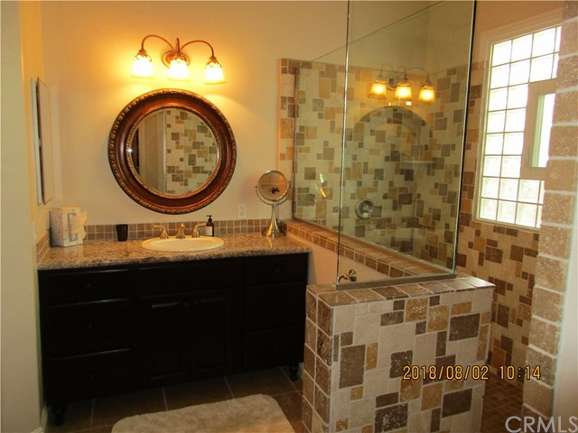 33699 Spring Brook Cr, Temecula, CA 92592 Photo 17