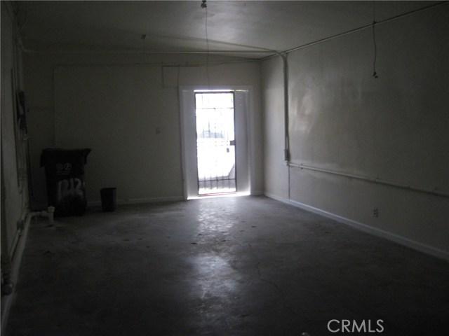 1214 N Wilmington N Avenue, Compton CA: http://media.crmls.org/medias/14aaab2e-5843-48fb-a817-a89e0d102d8f.jpg