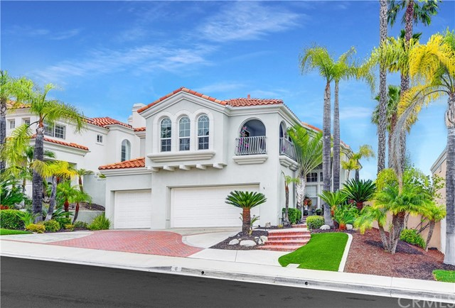 Single Family Home for Sale at 8 Encinal Lake Forest, California 92610 United States