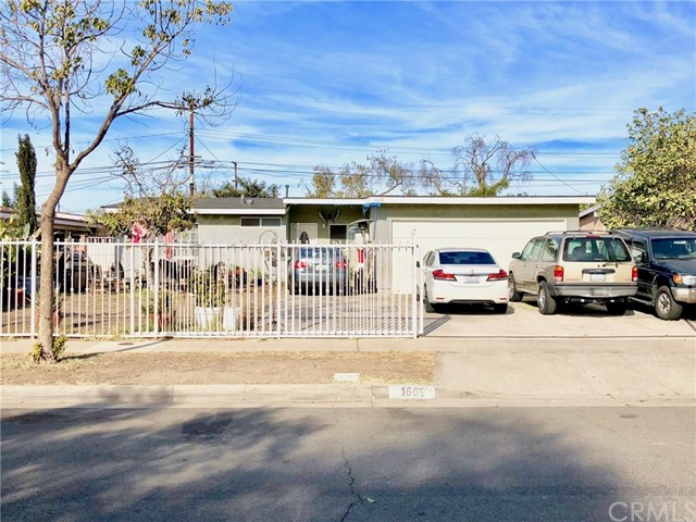 1609 Raymar Street, Santa Ana, CA, 92703
