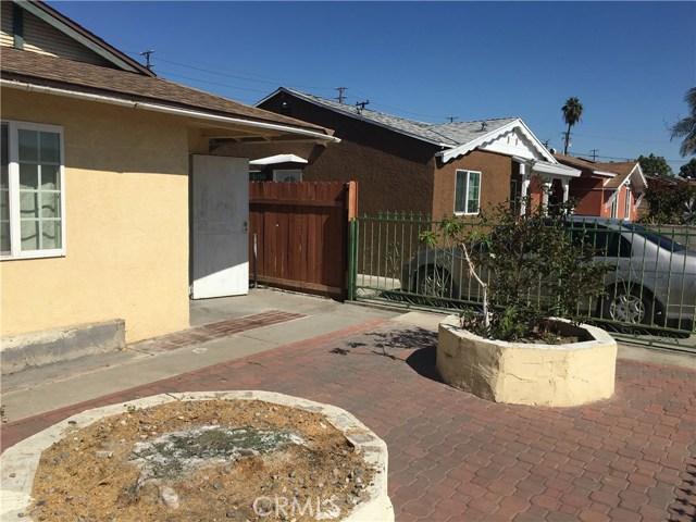独户住宅 为 销售 在 12029 Arkansas Street Artesia, 加利福尼亚州 90701 美国