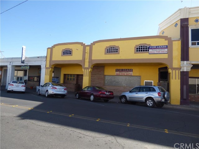 Additional photo for property listing at 471 Main Street W  El Centro, California 92243 United States