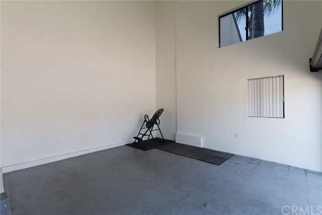 3860 S Cloverdale Ave, Los Angeles, CA 90008 photo 36