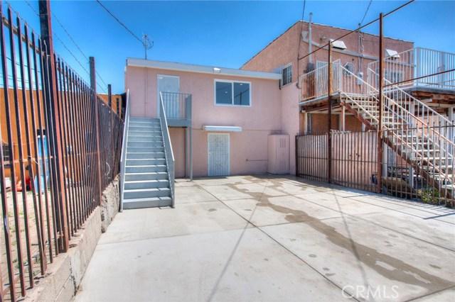 7817 S Western Avenue, Los Angeles CA: http://media.crmls.org/medias/14dd8cb9-e128-4060-8a5f-178c0a52aa91.jpg