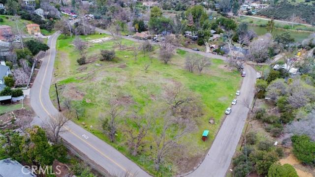 29139 Crags Drive, Agoura Hills CA: http://media.crmls.org/medias/14e8e3fe-73c8-443e-b670-94e7d609686d.jpg