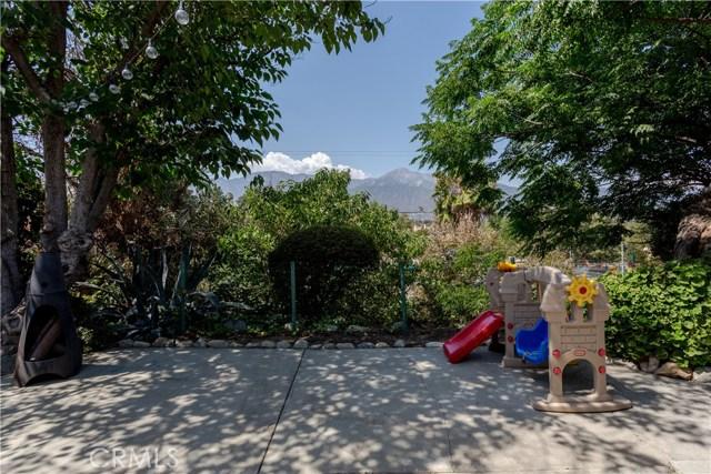 9160 Alder Street, Rancho Cucamonga CA: http://media.crmls.org/medias/14f11da9-6adb-46b6-9ee5-0c96a9773bdc.jpg