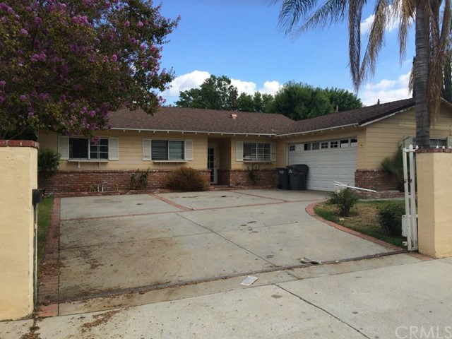 $405,000 - 4Br/2Ba -  for Sale in Newhall