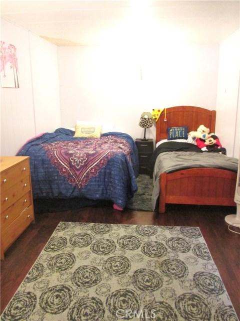 1630 barranca Avenue, Glendora CA: http://media.crmls.org/medias/14f67f6d-e653-4e19-bd7f-f98e2446b88c.jpg
