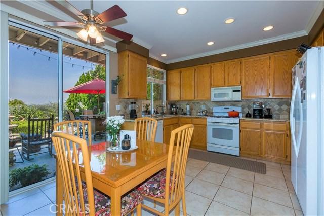 4300 Golden Glen Drive, Chino Hills CA: http://media.crmls.org/medias/14feffaf-779c-4274-8bad-a28954d07627.jpg