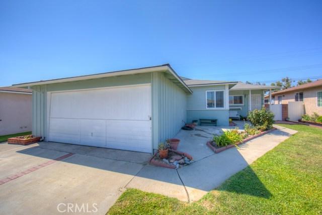 12712 Muroc Street, Norwalk CA: http://media.crmls.org/medias/1500bc8c-523c-4cc3-bbdc-56382fc336dc.jpg
